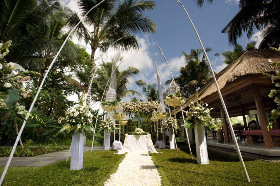 Photo Kayu Manis Private Villas and Spa Garden Wedding 03