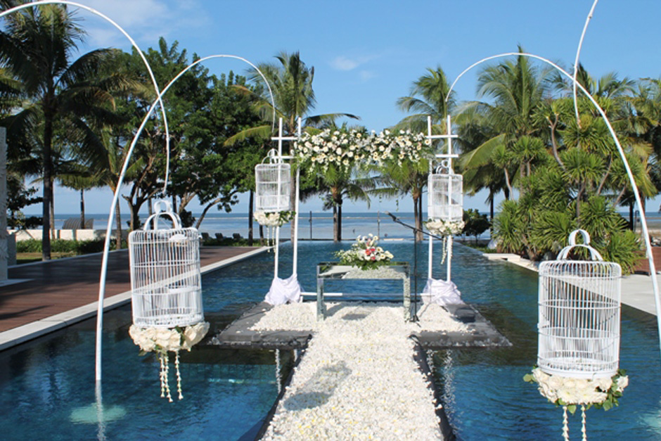 The Royal Santrian villa Wedding | Private Villa Wedding In Bali 02