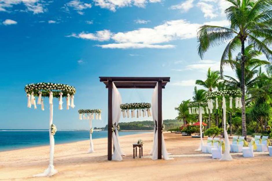 Wedding at St Regis Bali Resort 06