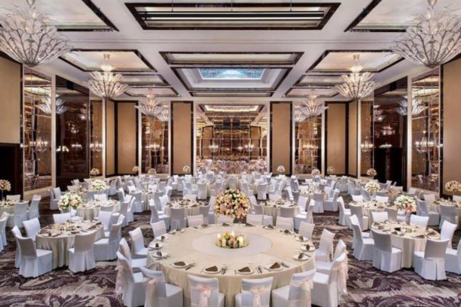 photo Sofitel Luxury Hotel 05